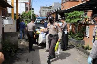 13 KK di Kampung Jawa Terima Bantuan