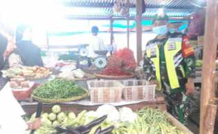 Cegah Covid-19, Penegakan Disiplin di Pasar Sungai Guntung Digencarkan