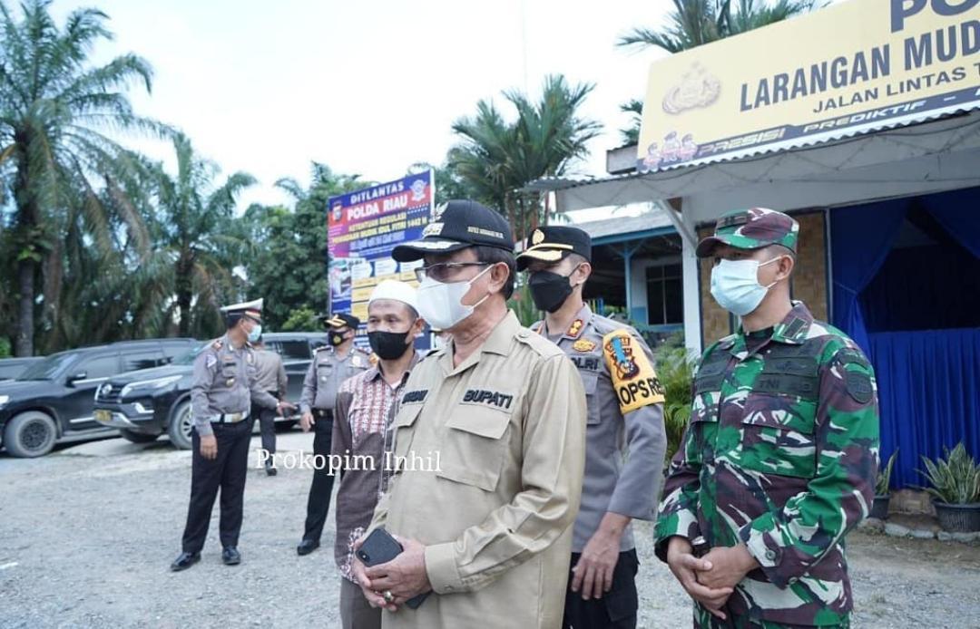 Bupati Inhil Tinjau Pos Sekat Jalan di Perbatasan Riau-Jambi